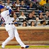 Javy Báez la botó en su debut con los Mets