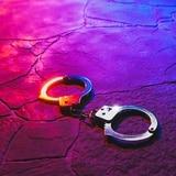 Arrestan a mujer por rociar acelerante a su pareja en Manatí