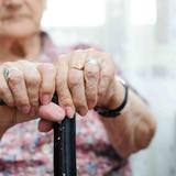 Anciana de 105 años sorprendió a todos con su secreto para vencer el COVID-19