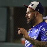 Héctor Santiago se estrenará ante Panamá