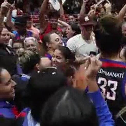 Las atenienses ganan su primer campeonato del Baloncesto Superior Nacional Femenino