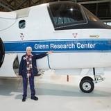 Piloto de 82 años viajará con Jeff Bezos al espacio