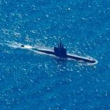 Avión de Estados Unidos se une a búsqueda de submarino en Indonesia