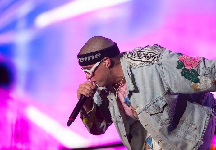 El cantante puertorriqueño Bad Bunny se presenta en el Festival Presidente. (EFE)