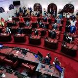 Senado pasa medida que exige visto bueno legislativo a contratos de la AEE con otras compañías