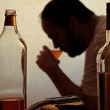 Alcoholismo, una enfermedad socialmente reforzada