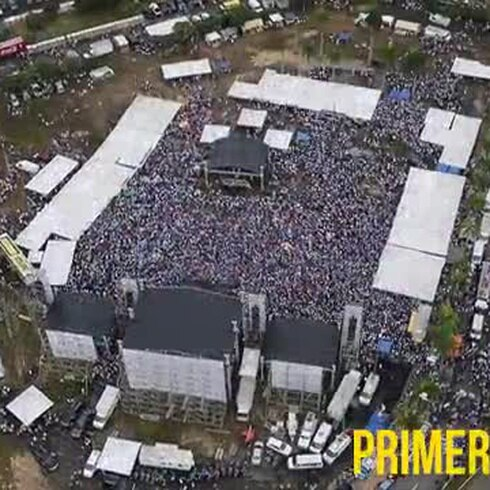 Vista aérea del cierre de campaña del PNP
