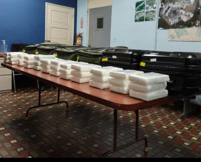 Los 36 kilos de cocaína eran transportados en maletas por tres mujeres mientras se disponían a abordar un vuelo con destino a Boston.