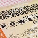 Se pegan con medio millón de dólares del Powerball en Ponce