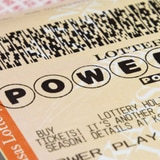 Ganador de Powerball reclama su jugoso premio