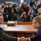 Abogados demócratas y republicanos debaten en el Congreso el juicio a Trump