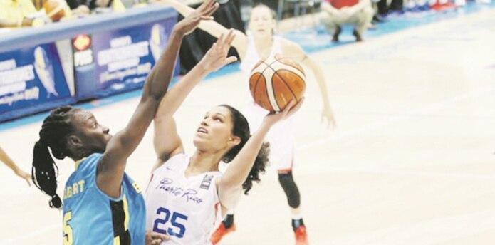 Isalys Quiñones ha asumido el rol de suplente de la veterana centro Yolanda Jones en sus primeros dos torneos internacionales con la Selección de Baloncesto. (Suministrada / fiba.com)