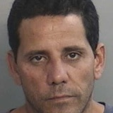 Arrestan persona sin hogar por asaltar farmacia