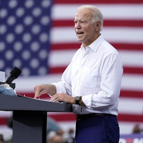 """Joe Biden promete controlar el COVID-19: """"Donald Trump se ha rendido"""""""