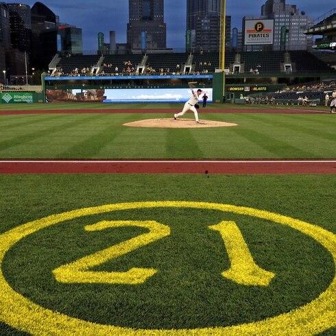 Los Pirates de Pittsburgh preparan un histórico homenaje en el Día de Roberto Clemente