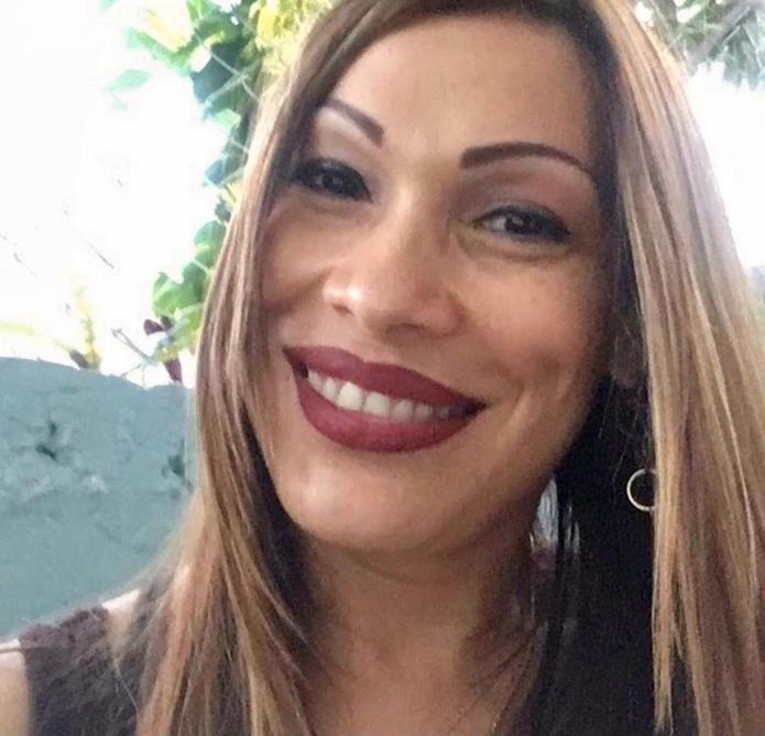 La mujer de 44 años se convirtió en la undécima víctima de violencia doméstica tras ser asesinada de un disparo en la cabeza por su expareja, quien la acechó.