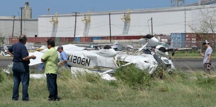 Como la avioneta se accidentó cerca del hangar de la Guardia Nacional, personal de esa dependencia transportó en helicóptero a los heridos al Centro Médico de Río Piedras.(gerald.lopez@gfrmedia.com)