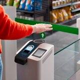 Amazon presenta tecnología para pagar con la mano