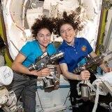 La vio y así reaccionó perra de astronauta que estuvo casi un año en el espacio
