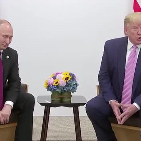 Trump se tira un chistecito en medio de su reunión con Putin