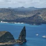Meten presos a 31 peruanos por pescar en Galápagos