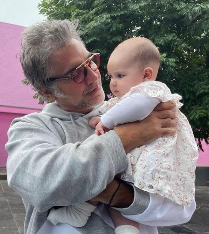 La pequeña Cayetana es hija de Camila.