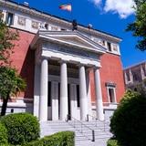 "Real Academia Española mira de cerca el pronombre ""elle"""