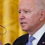 Biden impone reglas de vacunación contra el COVID-19 a trabajadores federales