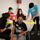 Niños podrán vacunarse contra COVID-19 en escuelas, oficinas médicas y farmacias