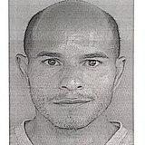Acusan a hombre por el asesinato de su padre en Coamo