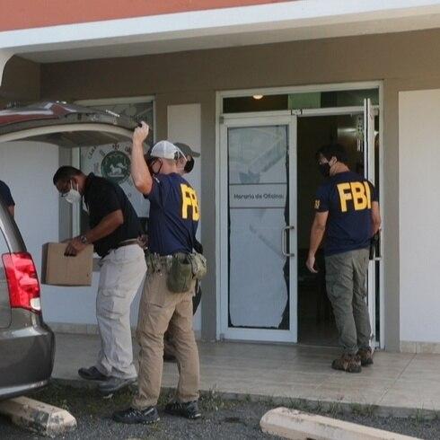 Agentes federales allanan oficina del representante Nelson Del Valle