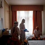 Praga aloja en hoteles turísticos a personas sin techo positivas a COVID-19