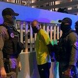 Arrestan a una pareja tras encontrarle arma, municiones y drogas en Isla Verde