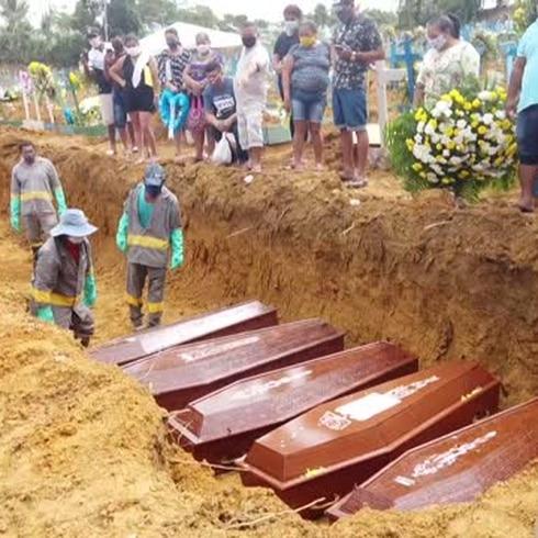 Escalofriante realidad de fosas comunes en Brasil