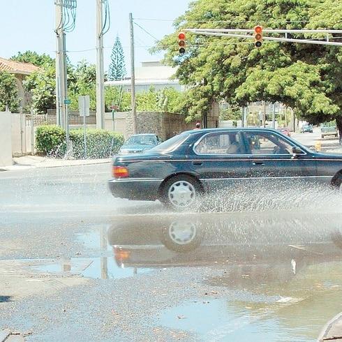 La hora del tiempo: lluvia pasajera en el este y aguaceros fuertes en el oeste