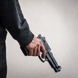 Hombre dispara en hotel de Miami-Beach para exigir distancia social