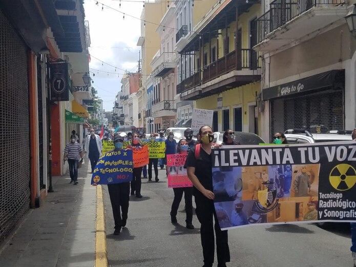 La protesta se llevó a cabo desde El Capitolio hasta la calle de La Fortaleza.