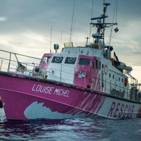 El barco humanitario de Bansky pide ayuda urgente
