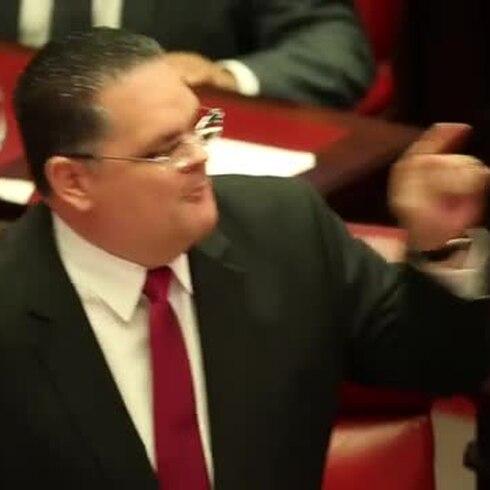 Votación a favor de Oronoz Rodríguez
