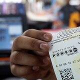 Ganan en Caguas premio de $100,000 del Powerball