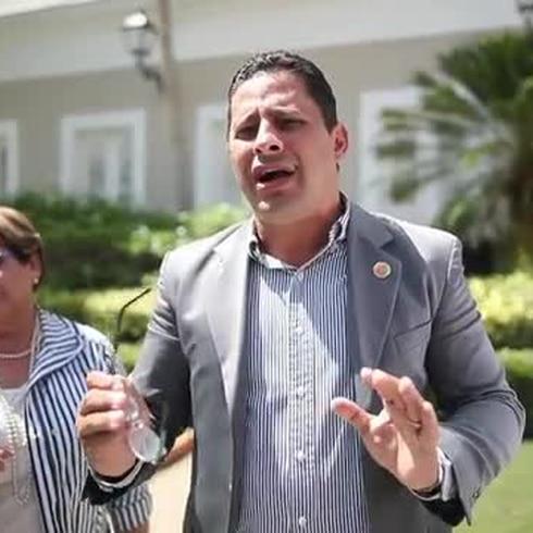 """""""Aquí no se puede perder el tiempo"""", coinciden los alcaldes tras salir de La Fortaleza"""
