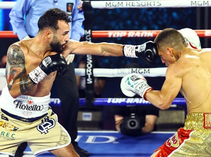 En su pasada pelea, Christopher Díaz superó a Jason Sánchez por decisión unánime, resultado que le ofreció la oportunidad para retar a Emanuel Navarrete.