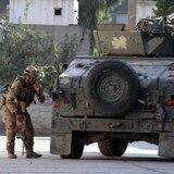 Ejército de Afganistán mata a asistentes de una boda y a una familia en su casa