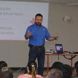 Villalba establecerá centro de acceso a Internet gratuito para los estudiantes
