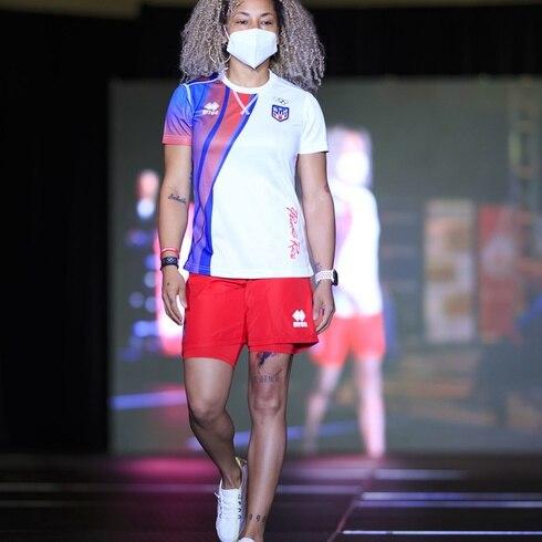Copur presenta los uniformes de la delegación olímpica