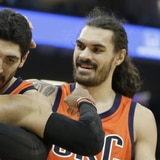 Jugador del Thunder se disculpa por haberse fracturado el brazo