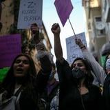 Turquía se retira de tratado europeo de protección a mujeres