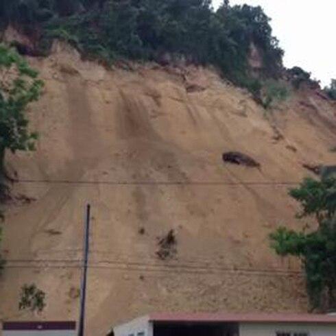 Deslizamiento en Villa España Bayamón
