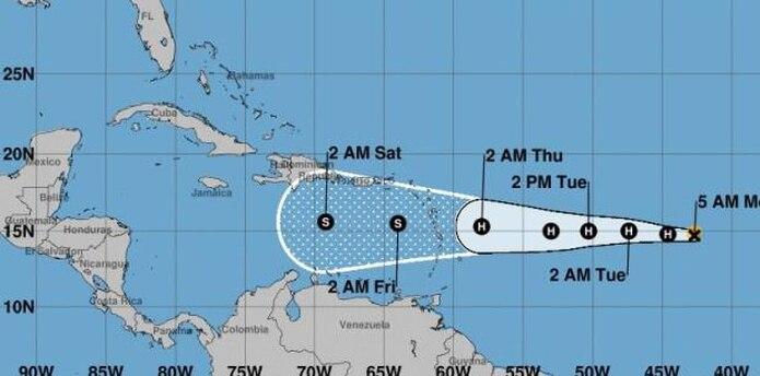 Puerto Rico se mantiene en el cono de incertidumbre. (National Hurricaine Center)