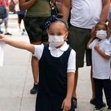 ¿Perjudica a los niños usar mascarilla contra COVID-19?